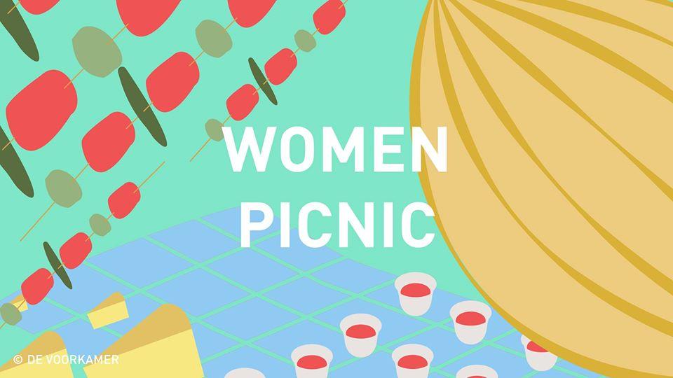 women picnic